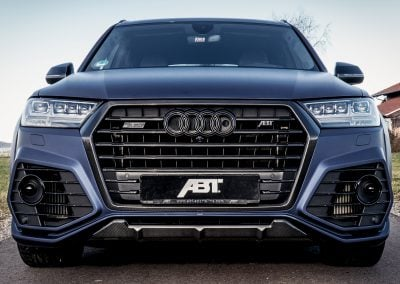 sq7-front